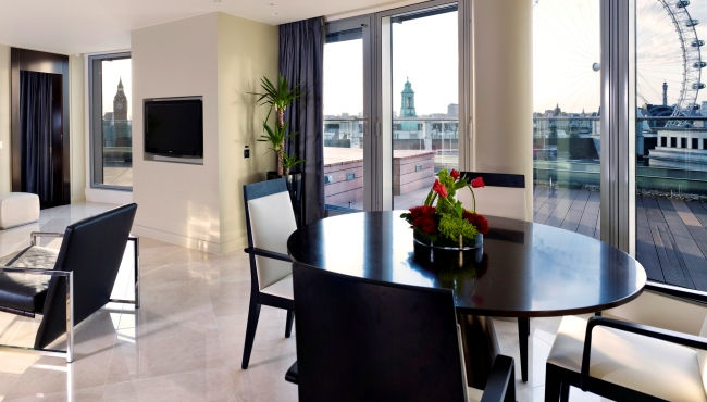 Номер Penthouse в отеле Park Plaza Westminster Bridge